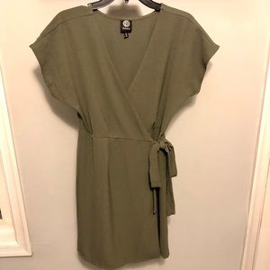 Bobeau Hunter Green Wrap Dress